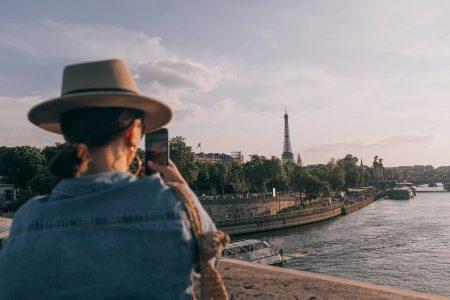 Paris-Eiffel-Tower-reopening