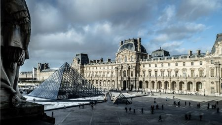 vaccinated-Brits-can-visit-France-without-restrictions
